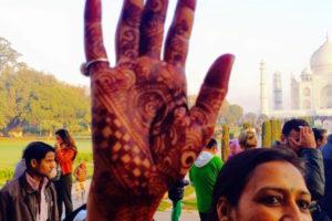 Hena Hand Taj
